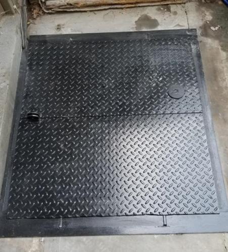 Brownstone coalshoot hatch