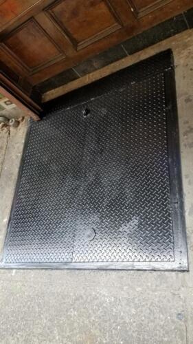 Fixed panel back metal diamond plate cellar door